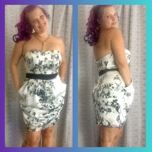 Strapless Floral print Dress with Pockets size 12